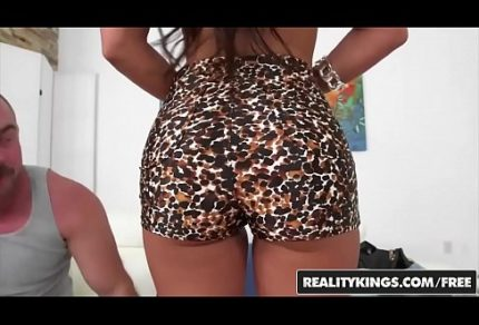 RealityKings - 8th Street Latinas - (Alexa Pierce, Mi) - Badass Booty