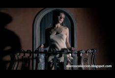 Anna Jimskaia en baile sensual en escena de Monamour (Tinto Brass – 2005 – Españ