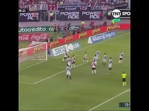 Gol de Quintero a Rasin